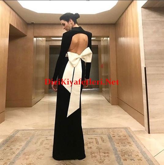 Arif v 216 Gala gecesi Ahu Yagtugun elbisesi