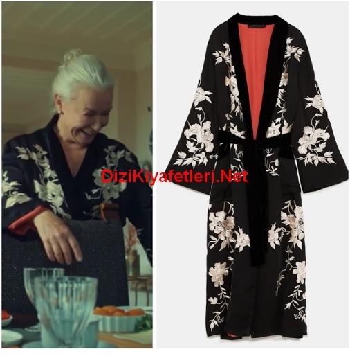 istanbullu Gelin 47 Bolum Esma Sultan kimono