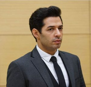 Ufak tefek cinayetler Serhan Takım Elbise