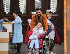 Bir Aile Hikayesi Reyhan ve Mahur