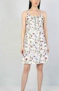 Sera kutlubey asklı elbise markası