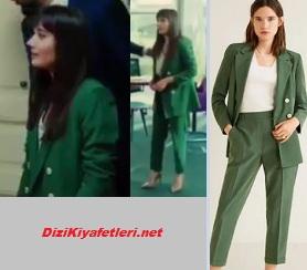 Yasak Elma Zeynep yeşil takım elbise