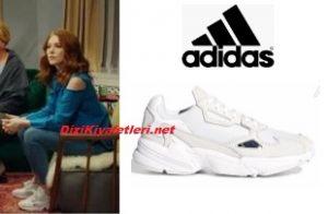 Çarpışma Zeynep spor ayakkabı