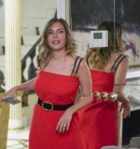Yasak Elma yıldız kırmızı elbise