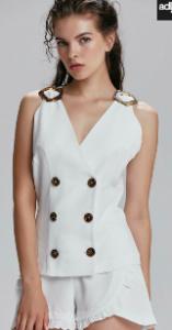 Burcu Özberk beyaz bluz