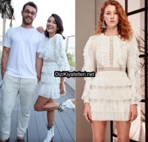 Aybüke Pusat beyaz elbise