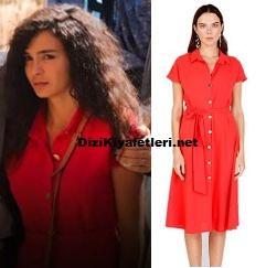 Ebru Şahin kırmızı elbise
