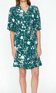 Hercai Reyyan çiçek desenli elbise