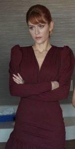 Mucize Doktor Beliz bordo Elbise markası