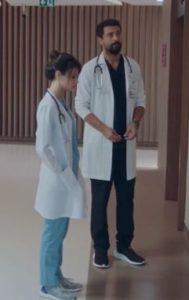 Mucize Doktor Ferman ve Nazlı Ayakkabı markası Adidas