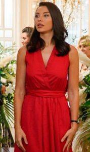 Yasak Elma Leyla Kırmızı elbise