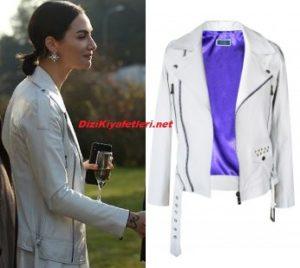 Birce Akalay beyaz ceket