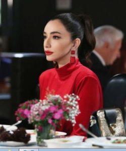 Gel Dese Ask Oyku Gürman kırmızı elbisesi