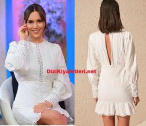 Gel Konusalim Eylem beyaz elbisesi