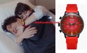 Mucize Doktor Nazlı kırmızı saat