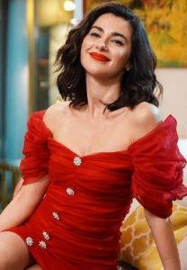 Yasak Elma Şahika kırmızı elbise