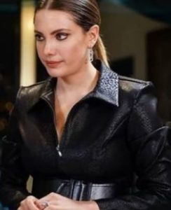 Yasak Elma Yıldız siyah elbise